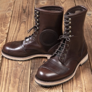 1966 Explorer Boots brown